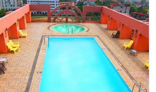 bể bơi ks thái bình dương
