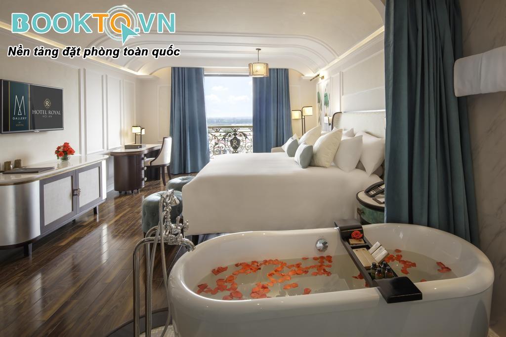phòng nghỉ tại Hotel Royal Hội An Mgallery